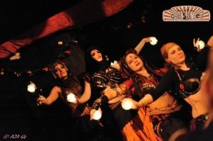 Deviant Sisters - Lettingo Cabaret Cour des Miracles par AZA 64